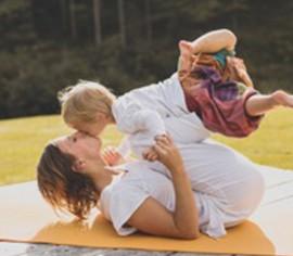 Yoga Mamababy2